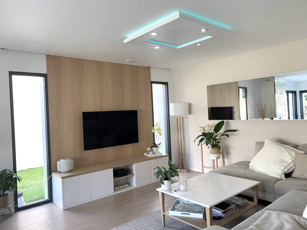 Spécialiste de la LED : plafonnier Floriane