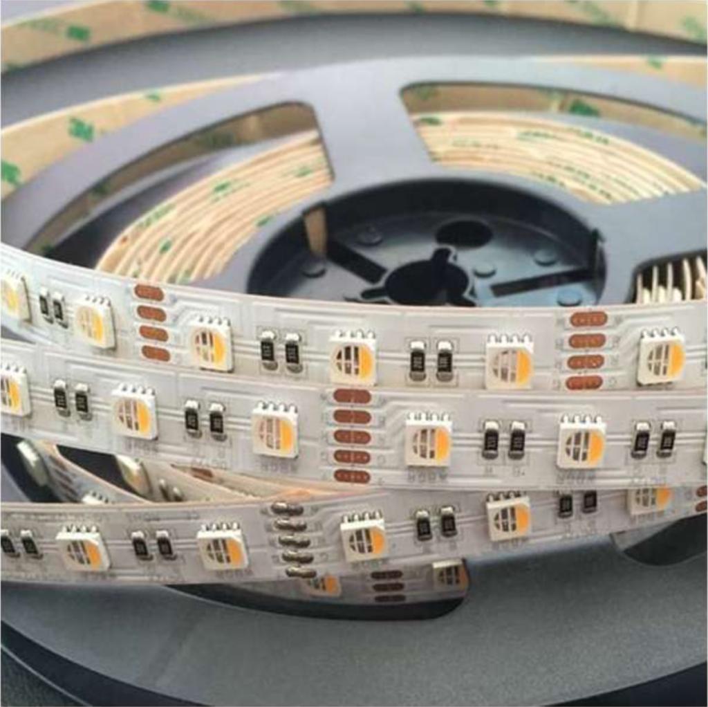 accessoires pour vos plafonniers : ruban LED